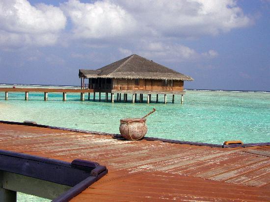 Medhufushi Island Resort: viewto spa
