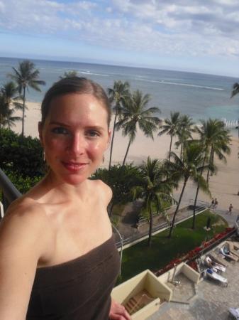 Hilton Waikiki Beach: Off our hotel room balcony