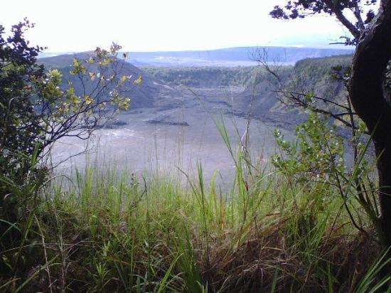 Hawaii Volcanoes National Park, HI: volcano crater