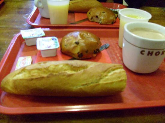 Auberge de Jeunesse MIJE  Fauconnier: Frühstück inklusiv