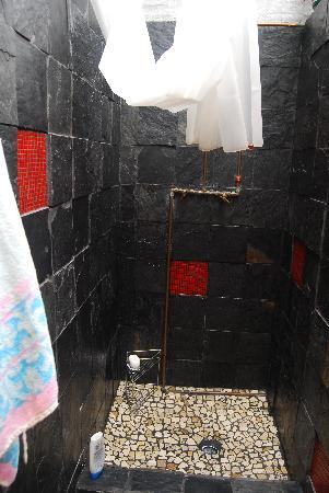 African Heart Backpackers: One of the two showers