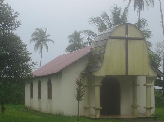 Tortuguero National Park : Chapel in Tortuguero Village