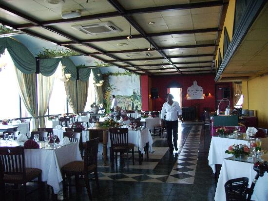 Plaza Hotel Curacao: Dining room
