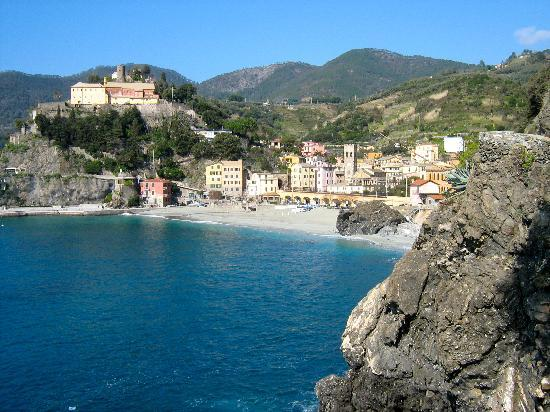 بونتا ميسكو: Monterossa al Mare (old section)
