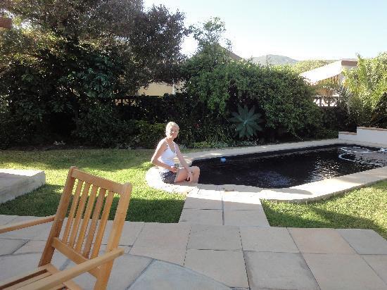 AmaKhosi Guesthouse: garden