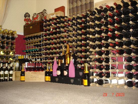 Carlo's Restaurant: Wine