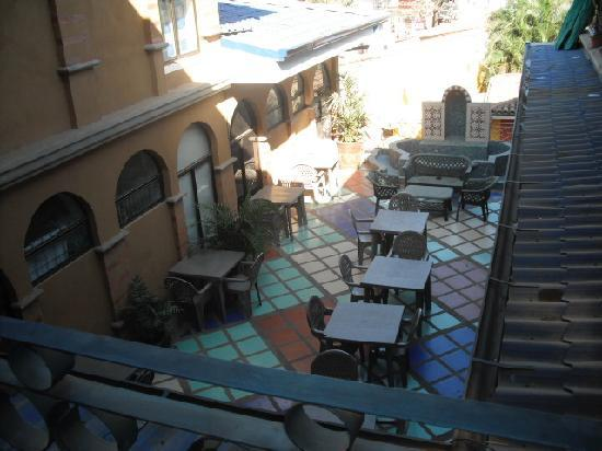 Bahia Paraiso Hostel: a view of the mezzanine from above