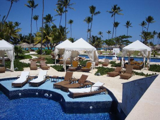 Iberostar Grand Hotel Bavaro: Vue de la piscine