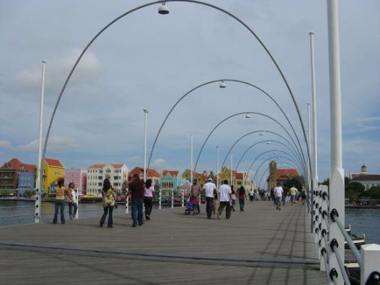 Curaçao: A pedestrian bridge in Curacao that swings open to allow ships to pass by.