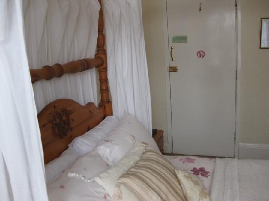 Argyle House: Bedroom 2