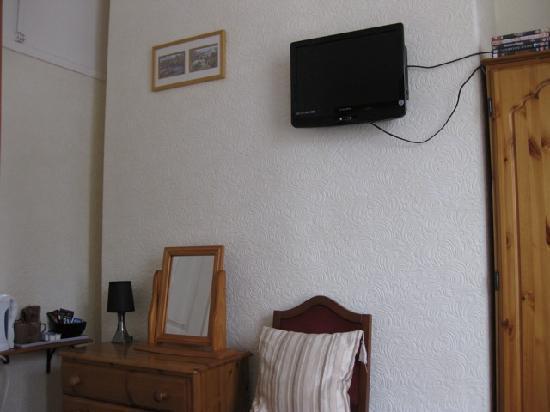 Argyle House: DVD player/TV