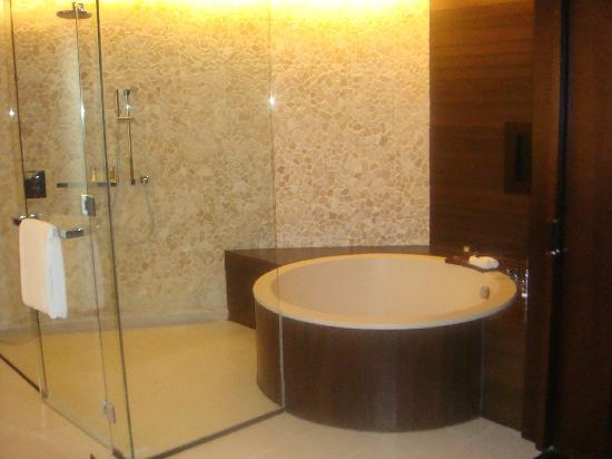 Altira Hotel : baignoire japonaise