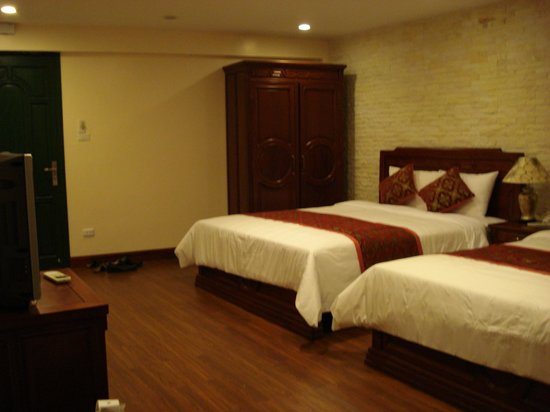Little Hanoi Diamond Hotel: big big room