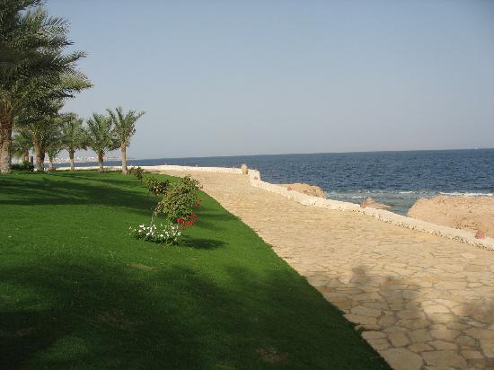 Sharm Club Hotel: la passeggiata sul mare