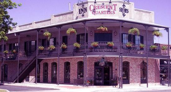 Crescent Quarters Inn: Crescent Quarters