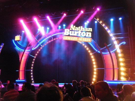 Nathan Burton Comedy Magic: Nathn Burton Stage setup before show