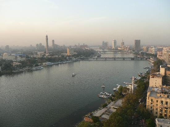 Four Seasons Hotel Cairo at Nile Plaza: View from hotel room