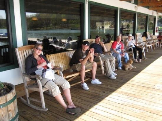 Celina, TN: Sunset Marina & Resort Brydstown, TN, United States