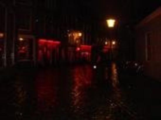 cop red light district amsterdam escorts
