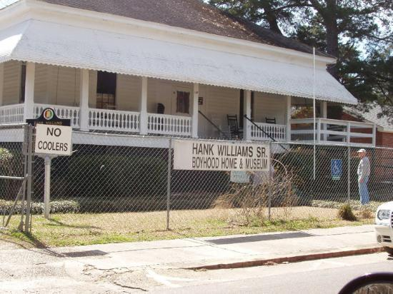 Georgiana, AL Hank Williams' Boyhood Home