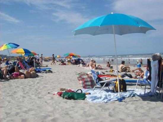 Beach Was Packed Cocoa Behind Ron Jon S Of Course After All