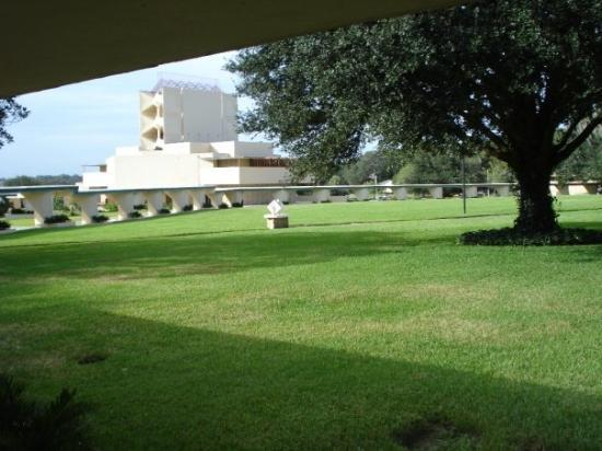 Florida Southern College : Esplanades and AP Chapel