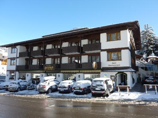 Hotel Armin: the front of the hotel overlooking the main road