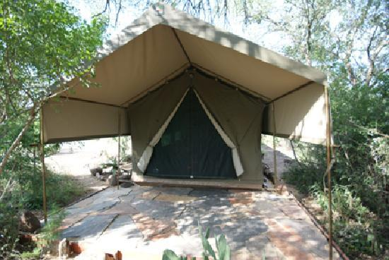 Calao Tented Camp: luxury tent 2