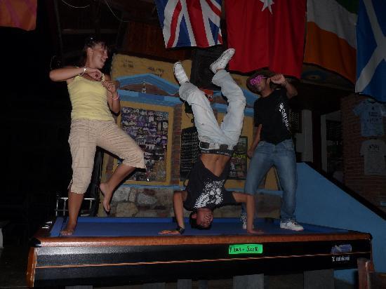 Anfi Bar Restaurant: the staff entertaining us