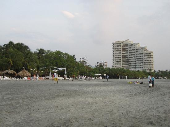 Irotama Resort: resort beach
