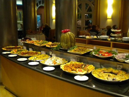 Hotel Timoulay & Spa Agadir: BUFFET DU SOIR