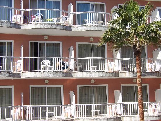 Hotel Augustus: Balconies