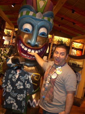 Disney's Polynesian Village Resort : Making a sacrifice with one of the GODS