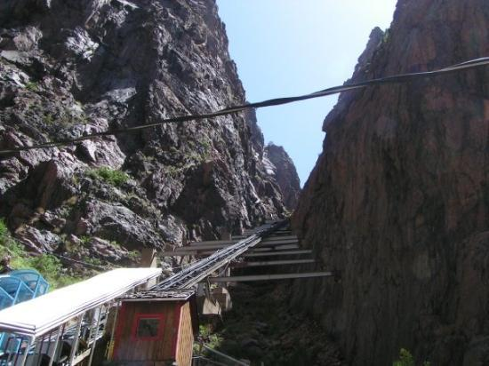 Royal Gorge Bridge and Park : Incline Railway at Royal Gorge Bridge