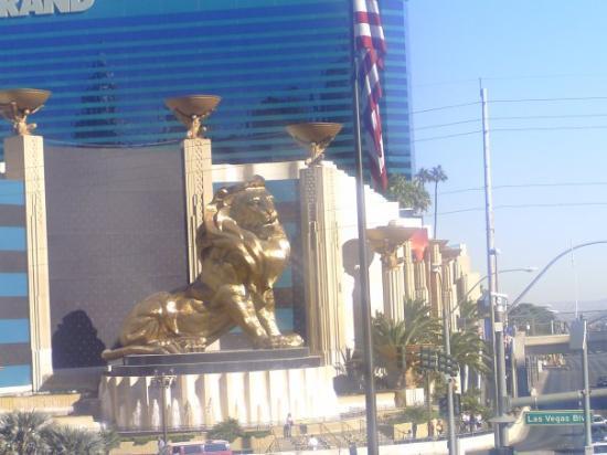 MGM Grand Hotel and Casino: MGM Grand!