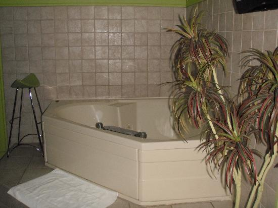 Miami Resort Motel: Room 8/Jacuzzi room