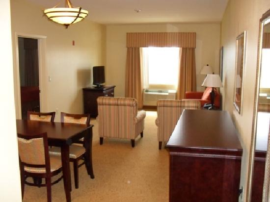 Country Inn & Suites by Radisson, Midland, TX: Extended Stay Suite