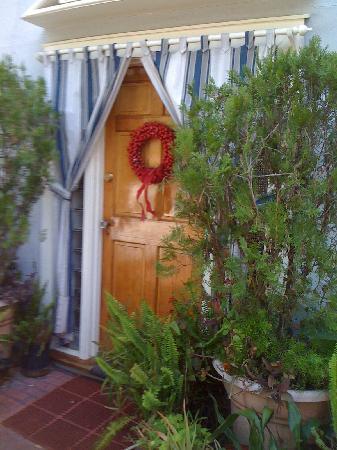 Old Mansion Inn : door