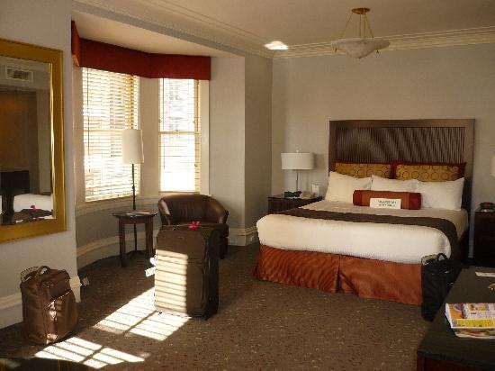 โรงแรมแฮนด์เลย์ ยูเนี่ยนสแควร์: Our fabulous room!