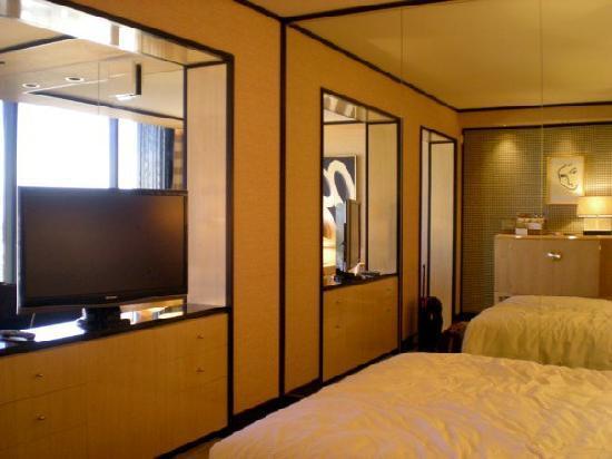 Encore At Wynn  Las Vegas: Bedroom of suire