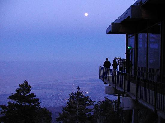 Palm Springs Aerial Tramway: as night falls at the top