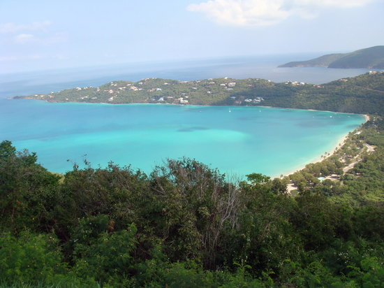 Магенс-Бей, Сент- Томас: Magan's Bay from Mountaintop viewpoint