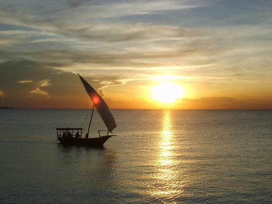 Sunset Beach Resort Zanzibar: Tramonto da Paura