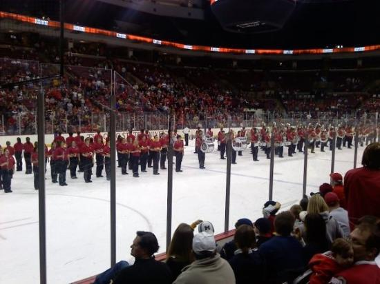 The Value City Arena at the Jerome Schottenstein Center : The band on Ice... no skates though