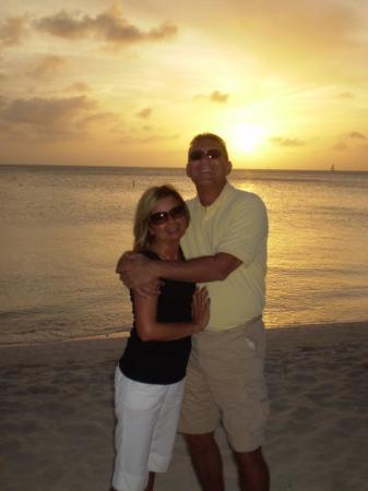 Arashi Beach: A beautiful Aruba sunset