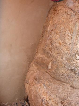 Hotel De La Vallee : The rock in the downstairs loo