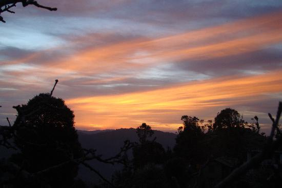 Mukteshwar, India: nice sunrise