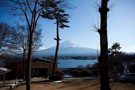 Lakeside Kawaguchiko Sunnide Resort: View from my japanese tatami room