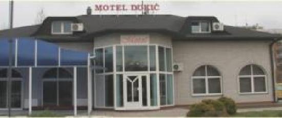 St. Georgije: motel
