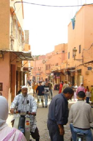 Riad les Inseparables: the neighbourhood ... remember the pharmacy at the end of the road! :)